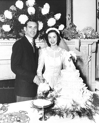 Robert Gaudin Greene weds Ellen Rowena Deckelman on November 8, 1952